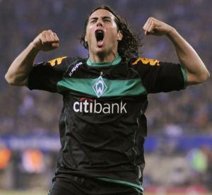 ...allí le espera el Werder Bremen